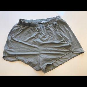Lush Grey Flowy Boho Shorts 🌻